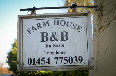 Gloucester Road Farm B&B Sign